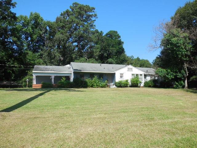 600 Pine Acres Road Property Photo 1