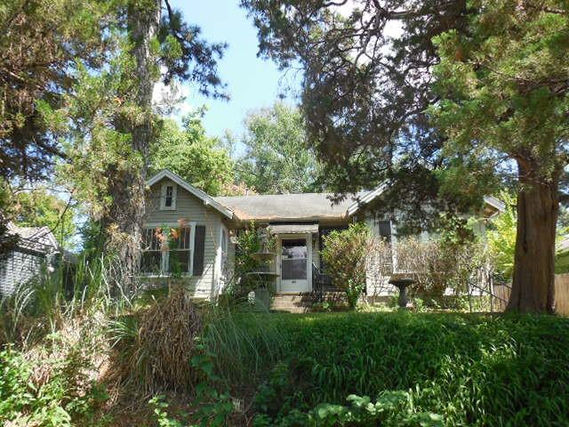 618 Dalzell Street Property Photo 1