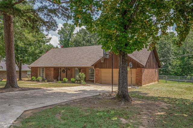 1304 Whispering Pines Drive #1 Property Photo 1