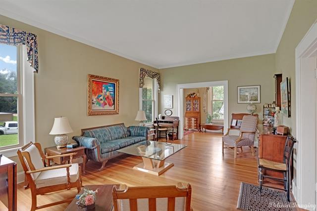 1040 Delaware Street Property Photo 5