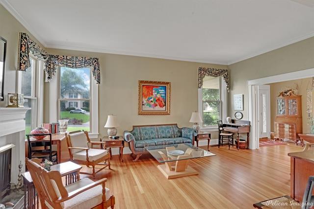 1040 Delaware Street Property Photo 6