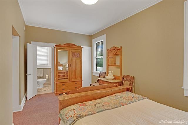 1040 Delaware Street Property Photo 24