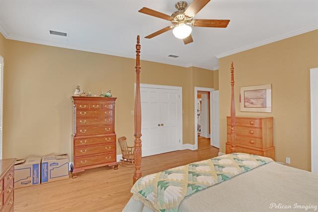 1040 Delaware Street Property Photo 27