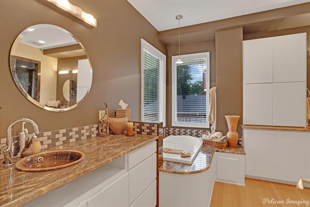 1040 Delaware Street Property Photo 32