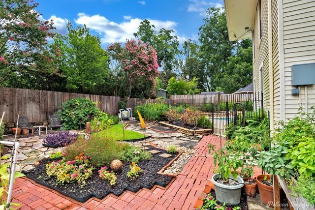 1040 Delaware Street Property Photo 38