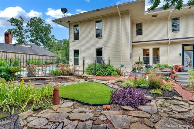 1040 Delaware Street Property Photo 39