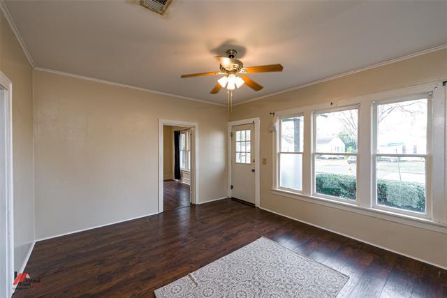 275 E Elmwood Street Property Photo 5