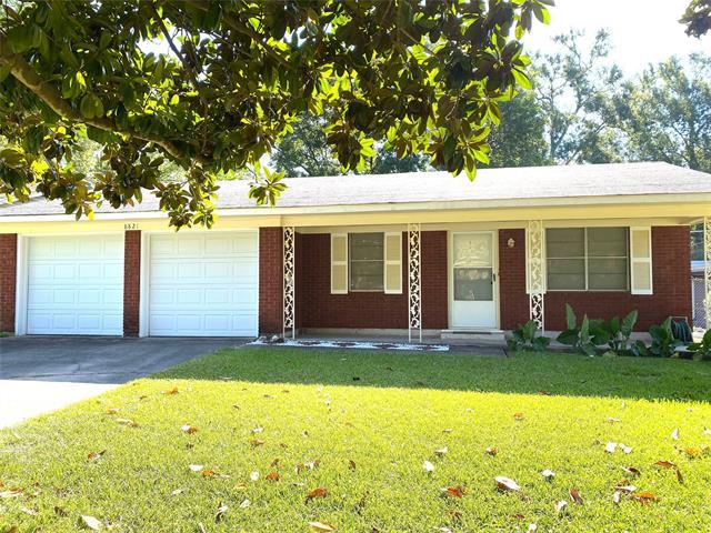 8821 Edgewood Place Property Photo 1