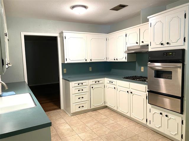 8821 Edgewood Place Property Photo 4