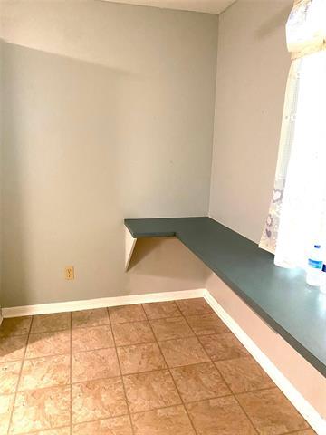8821 Edgewood Place Property Photo 6