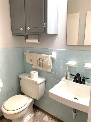 8821 Edgewood Place Property Photo 14