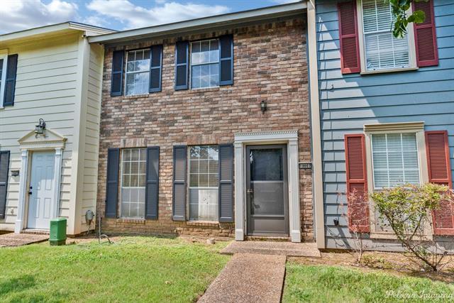 10007 Saratoga Drive Property Photo 1