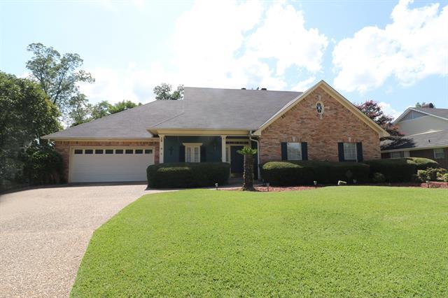 5018 Kenilworth Drive Property Photo 1