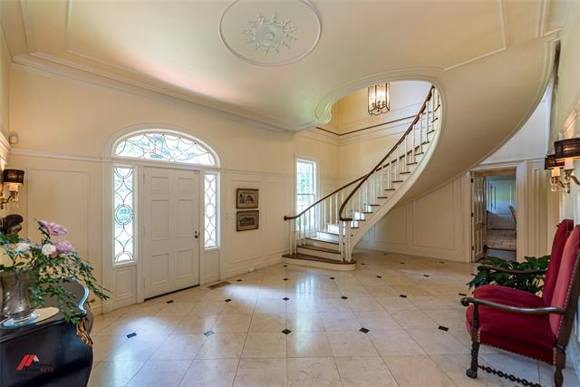 2525 Fairfield Avenue Property Photo 7