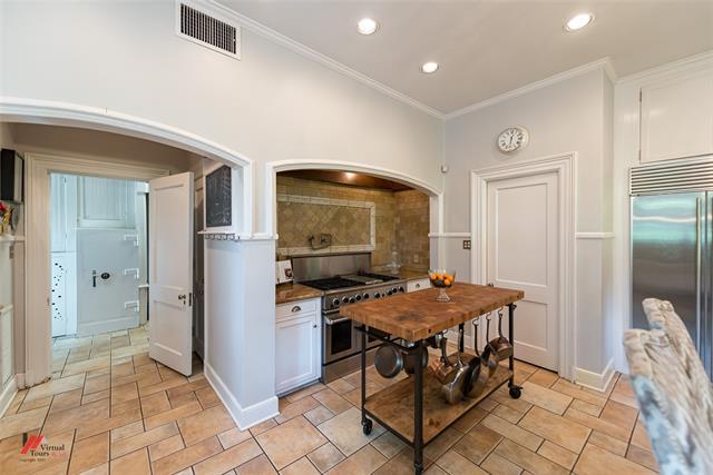 2525 Fairfield Avenue Property Photo 15