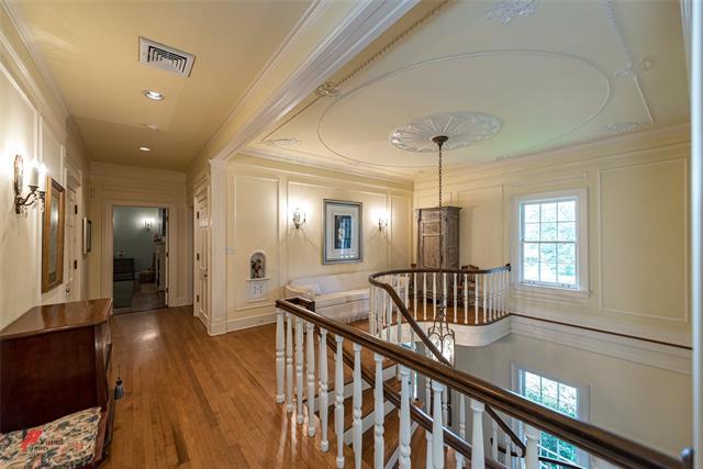 2525 Fairfield Avenue Property Photo 18