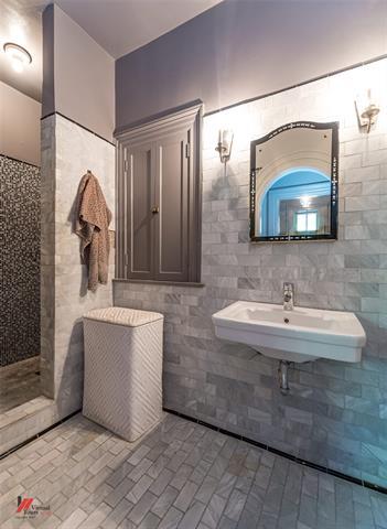 2525 Fairfield Avenue Property Photo 22