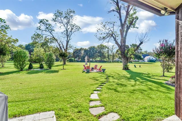 9942 Pecan Place Property Photo 34
