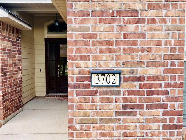 3702 Sabine Pass Drive Property Photo 2