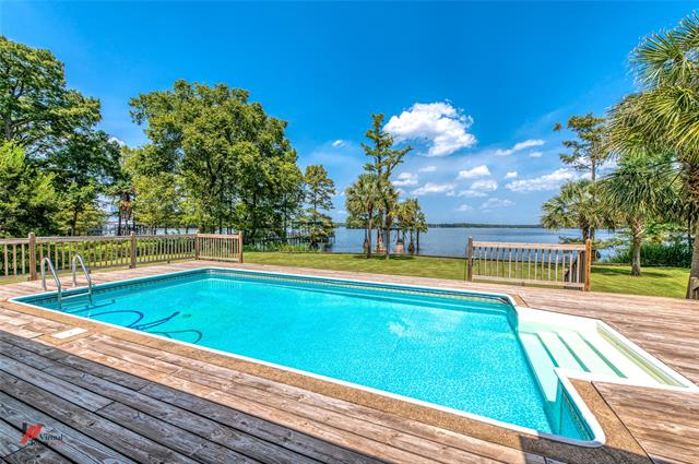 7450 S Lakeshore Drive Property Photo 1