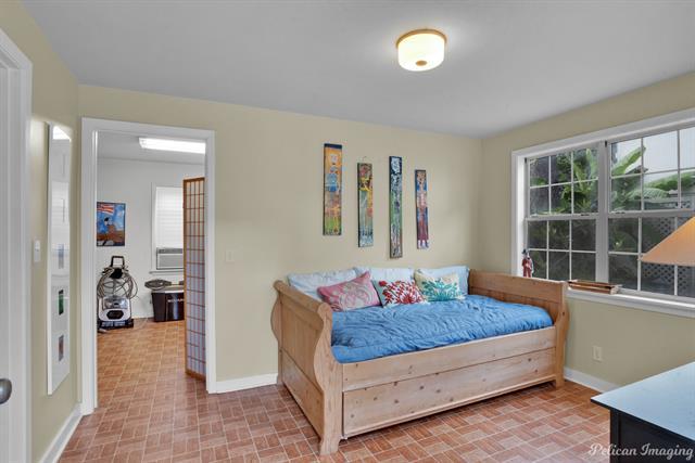 923 Oneonta Street Property Photo 34