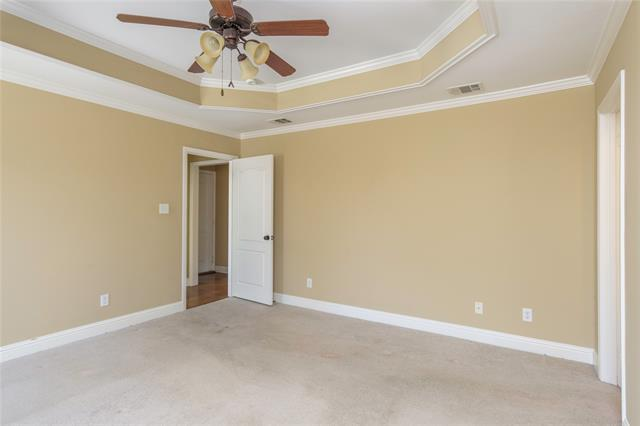 9400 Montwood Circle Property Photo 14