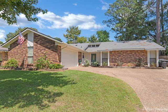 8517 Woodhill Lane Property Photo 1