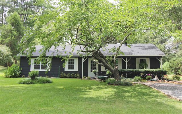 192 Pine Acres Drive Property Photo 1