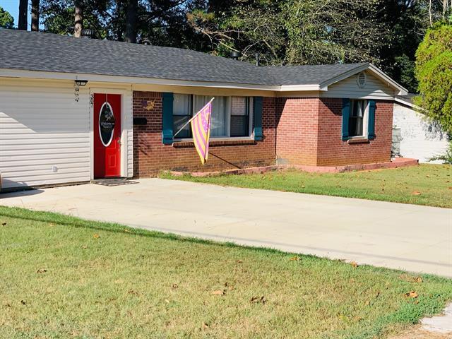 307 Ellis Drive Property Photo 1