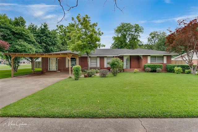 3302 Surrey Road Property Photo 1