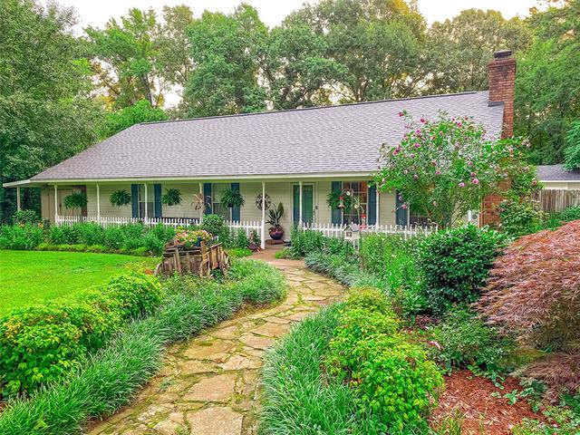 255 Carey Lane Property Photo 1