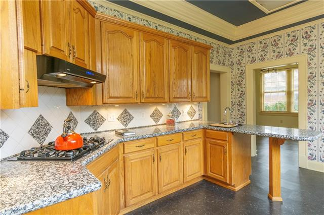934 Unadilla Street Property Photo 26