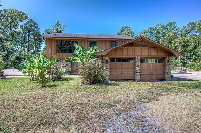202 W Lake Road Property Photo 1