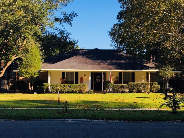 2412 Somersworth Drive Property Photo 1