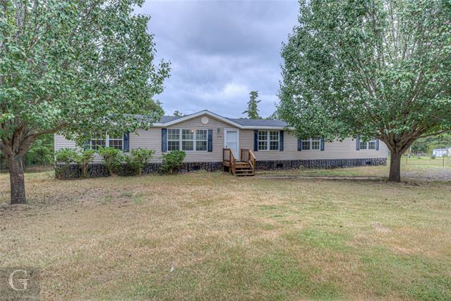 228 Hanson Drive Property Photo 1