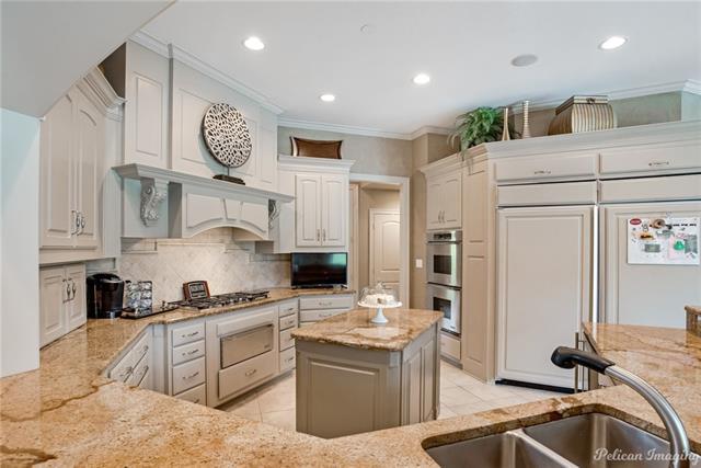 11025 Seville Quarters Place Property Photo 12