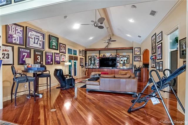 11025 Seville Quarters Place Property Photo 32