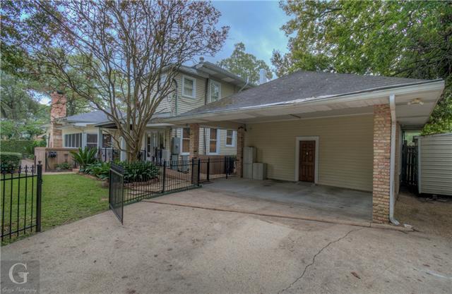 902 Robinson Place Property Photo 32