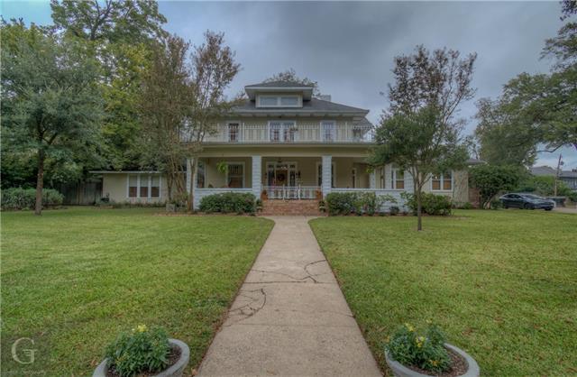 902 Robinson Place Property Photo 39