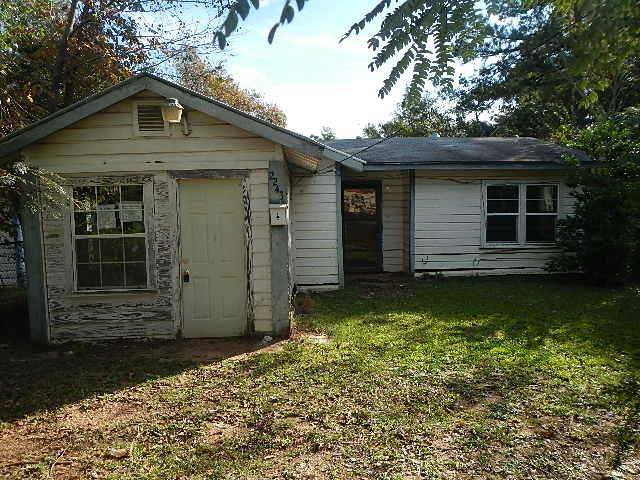 2243 Whaley Property Photo