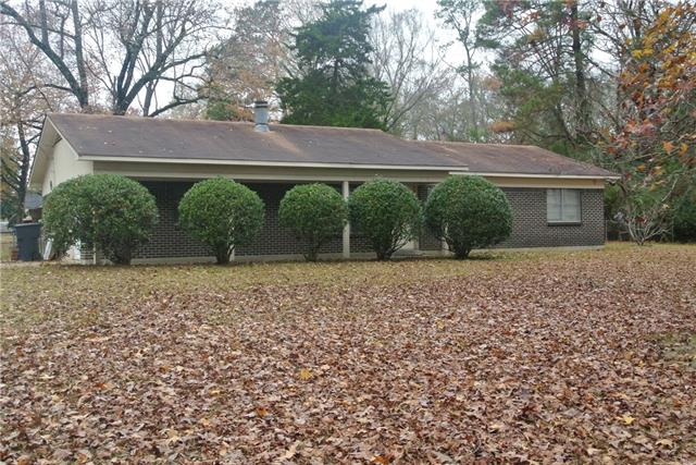 6824 Klug Pines Road Property Photo 1