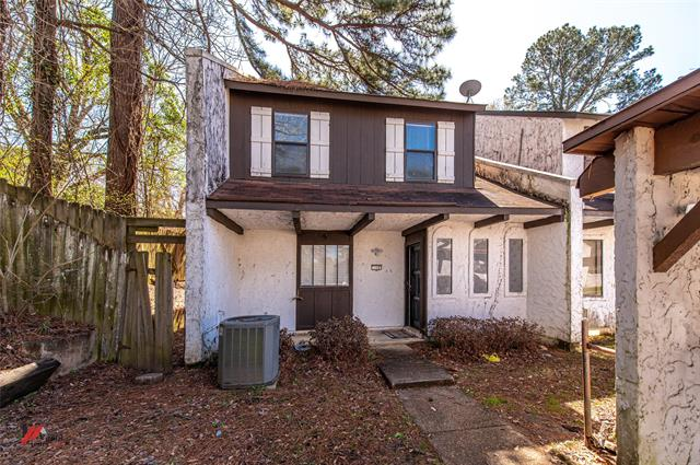 719 Highland Square Property Photo