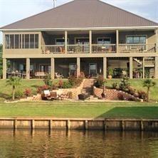 932 Hampton Property Photo