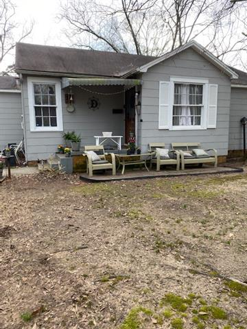 318 S 2nd Street Property Photo 1