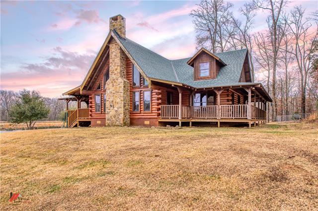 2900 Kara Lane Property Photo 1