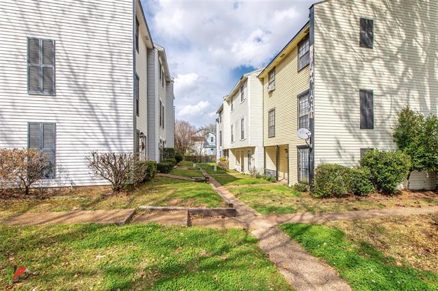 1414 Highland Property Photo