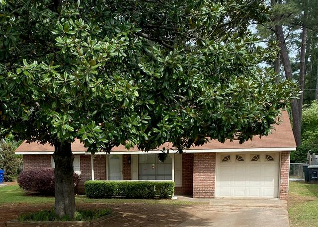 6356 Dianne Property Photo