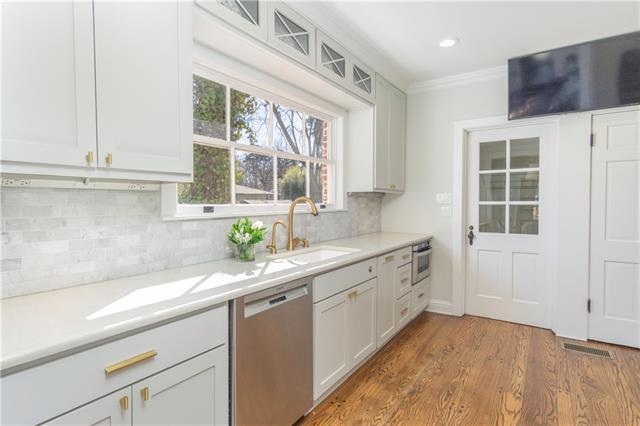 367 Pierremont Road Property Photo 1