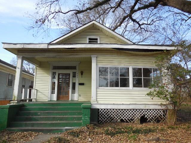 442 Merrick Property Photo