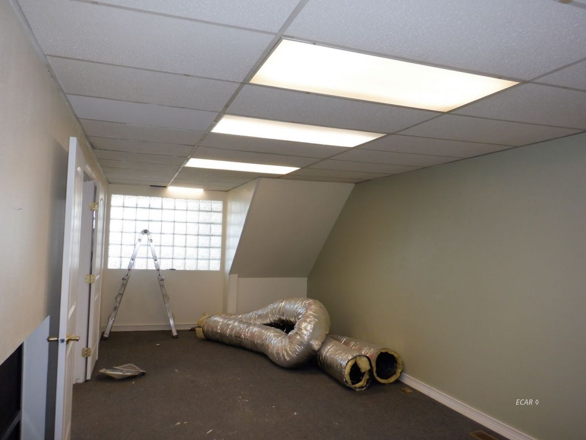 524-528 Commercial Street Property Photo 6